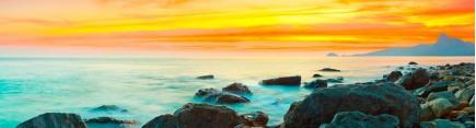 Берег моря, скалы